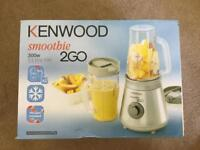 Kenwood smoothie 2go with two cups