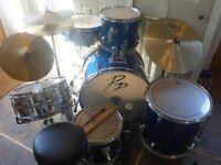Drum Kit - REMO / Performance Percussion - 9 piece drum kit + stool + sticks