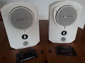 B & W Solid bookshelf speakers