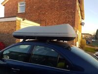 630L Long Wide Roof Box and Bars