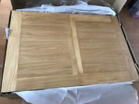 Brand new solid oak dining table 120x80cm extendable