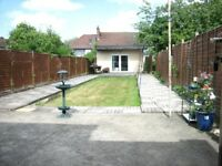 AMAZING SPACIOUS 4 BEDROOM HOUSE NEAR ZONE 3 NIGHT TUBE, BUSES, SHOPS & SUPERMARKETS