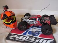 HPI TROPHY 4.6 TRUGGY NITRO Selling as not getting used, Very Very Fast machine loads of fun.