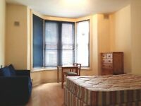 Studio Flats 1 Bedroom Flats to Let off London Rd Leicester LE2 near Victoria Park Fully Furnished