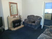 3 bedroom house to rent bd4 area east bowling