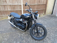 Triumph Street Twin Motorcycle - Low Mileage