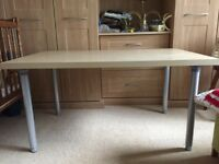 Ikea desk, adjustable height, ideal for student