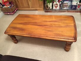 Solid pine table , selling our beautiful coffee table size 1200x600x400 in lovely condition £65