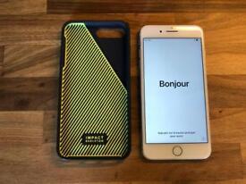 iPhone 7 Plus 128GB silver + Case
