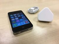 Black Apple iPhone 4 8GB On O2 / GiffGaff / Tesco Mobile Phone + Warranty