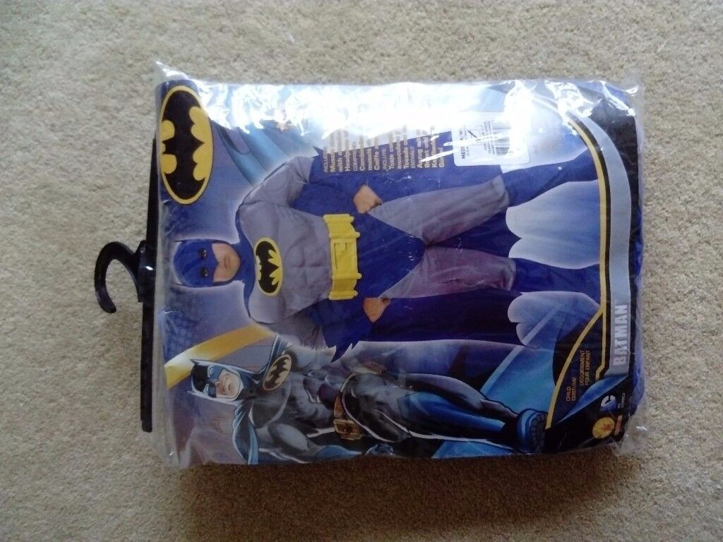Batman outfit for kids (age approx 6-7 years)