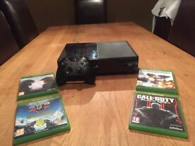 Xbox One Console 500gb with 4 recent Games (Excellent Condition)