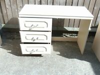 DRESSING TABLE/SIDE TABLES