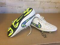 Nike Tiempo Rio Football boots Size 9