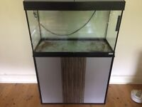 Fluval Roma 125 + Stand & Accessories