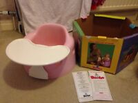 Bumbo seat with tray pink
