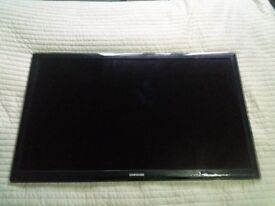 "Samsung smart tv 40"" UE40D5520"