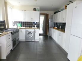 Great 10 Bedroom student house share on Harriet Street