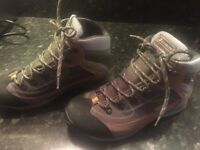 New Dolomite Walking Boots Size 6