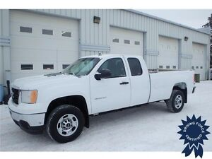 2013 GMC Sierra 2500HD 2WD Extended Cab, 6.0L V8, 25,361 KMs