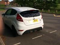 Ford Fiesta zetec s / need gone