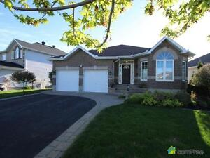$529,900 - Bungalow for sale in Orléans