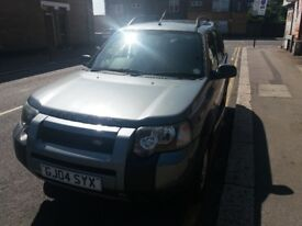LAND ROVER FREELANDER 2.0 TD4 FREESTYLE HARDBACK (Black) Excellent all round car. Drives perfect