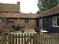 Short - Term Rentals or Holiday Home rental Norwich Norfolk - Holiday Barn 4* gold 1 & 2 bed - FF