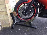 Bike Stand/Paddock Stand/Front Wheel Chock **Bristol**