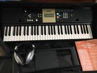 Yamaha keyboard ypt-220 6monts old