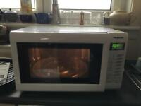 Nearly New - Panasonic NN-CT555W combination microwave