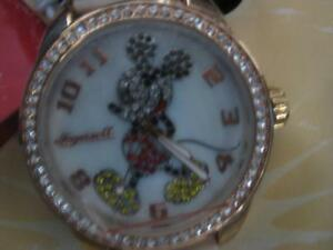 Disney by Ingersoll Ladies Classic Mickey Mouse White Strap Ladies / Girl Watch. Adorable. Classic Watch. Gift Box