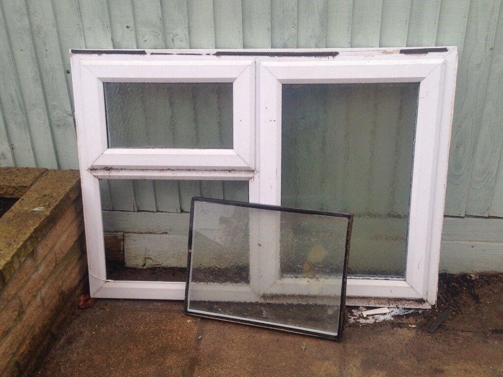Window 122 x 87.5