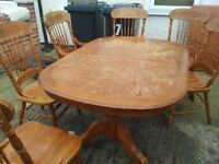 Extendable wooden dining table with 6 chairs (shabby chic style)