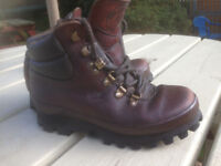 Ladies Chris Brasher Hiking, Walking boots size 3