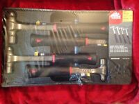 mac tools anti-vibe hammers 4pc in mould tray