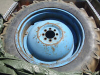 Tractor Wheels and Tyres for a T20/35/135/Dexta