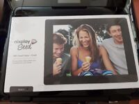 *** DIGITAL PHOTO FRAME NIXPLAY SEED 8inch and 10inch *** BRAND NEW & SEALED