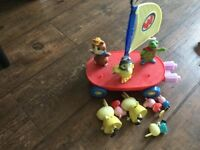 Wonder pets Boat And Figures And Peppa Pig Figures
