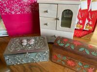 jewellery boxes + some jewellery