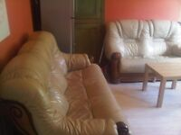 LINDLEY - £65 pw Furnished Large Double room No Dss !!