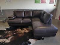 BROWN HIGH QUALITY LEATHER CHAISE CORNER SOFA - FREE DELIVERY - EXCELLENT CONDITION - COMFORTABLE