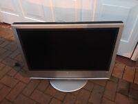 "Sony Bravia TV flat panel 32"""