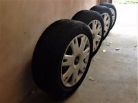 195/60/R15/ 88H - Genuine Ford Steel Wheels with original hubcaps- free delivery up to 20m