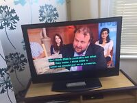 """Sony Bravia 40"""" LCD HD Ready TV with freeview"""