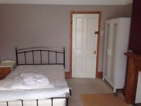 Double rooms to let on short term lets
