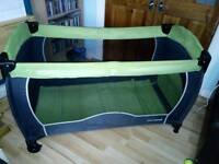 Coneco travel cot