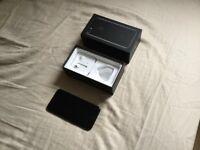 IPhone 7 Jet Black, 128 gb, locked to Vodafone/Lebara/Talkmobile, perfect condition