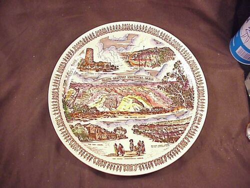 VERNON KILNS MULTICOLORED GRAND CANYON NATIONAL PARK PLATE