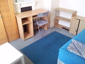 Double room for 1 person in perfect location